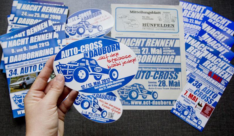 Verschiedenste Werbemittel für das Auto-Cross-Team Dauborn