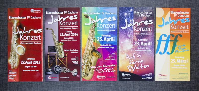 Eine kleine Auswahl der Programmblätter der letzten Jahre.