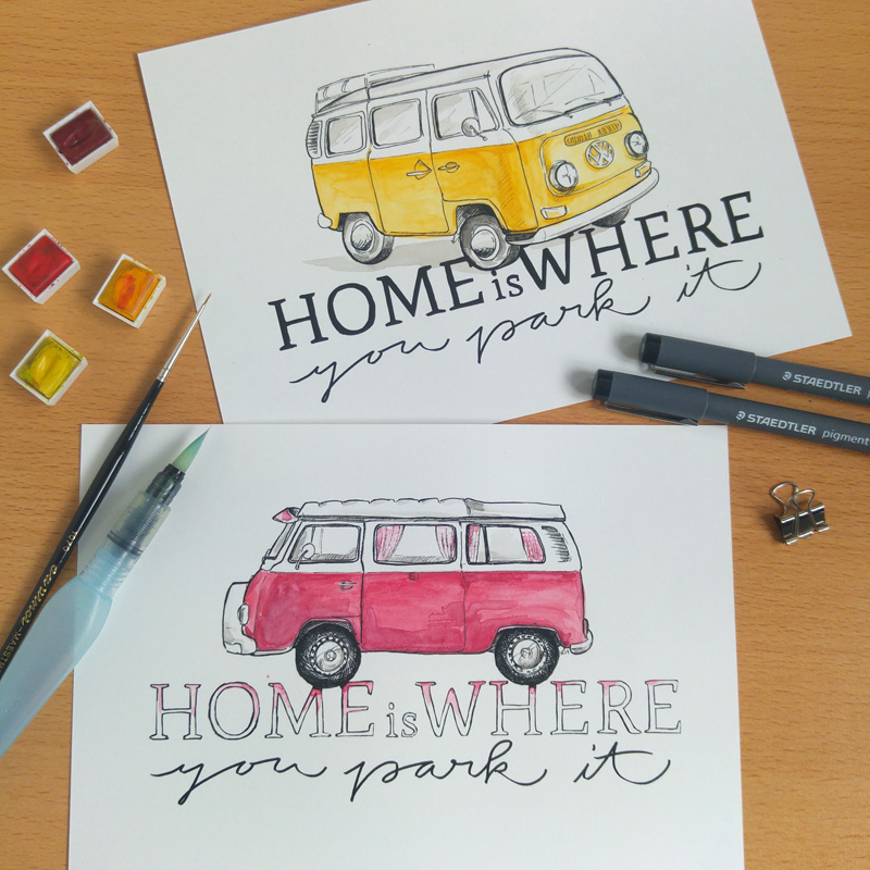 Home is… VW Bulli Camper mit dem Slogan.